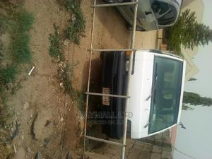 Clean Mitsubishi L300 Bus | Buses & Microbuses for sale in Abuja (FCT) State, Mararaba