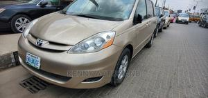 Toyota Sienna 2007 Gold | Cars for sale in Lagos State, Isolo