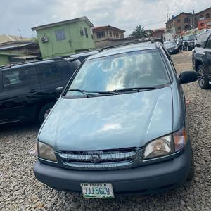 Toyota Sienna 2002 LE Blue   Cars for sale in Lagos State, Agege