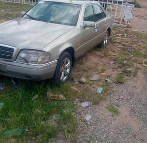Mercedes-Benz C300 1999 Gold | Cars for sale in Edo State, Benin City