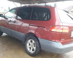 Toyota Sienna 2002 Red | Cars for sale in Osun State, Osogbo