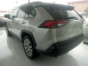 Toyota RAV4 2019 XLE AWD Silver | Cars for sale in Lagos State, Ajah