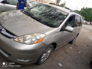 Toyota Sienna 2007 XLE Limited 4WD Silver | Cars for sale in Lagos State, Amuwo-Odofin