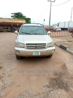 Toyota Highlander 2003 Limited V6 AWD Gold | Cars for sale in Oyo State, Ibadan