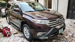 Toyota Highlander 2013 Plus 3.5L 4WD Purple | Cars for sale in Lagos State, Ajah