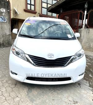 Toyota Sienna 2011 LE 7 Passenger White | Cars for sale in Lagos State, Gbagada