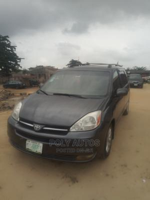 Toyota Sienna 2004 XLE FWD (3.3L V6 5A) Gray   Cars for sale in Lagos State, Ojo