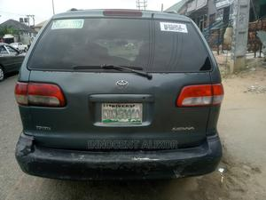 Toyota Sienna 2000 LE & 1 Hatch Green   Cars for sale in Rivers State, Port-Harcourt