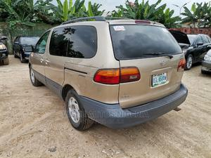 Toyota Sienna 2001 LE Gold | Cars for sale in Akwa Ibom State, Uyo
