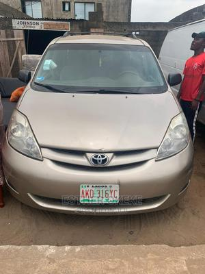 Toyota Sienna 2008 LE Gold   Cars for sale in Lagos State, Ogba