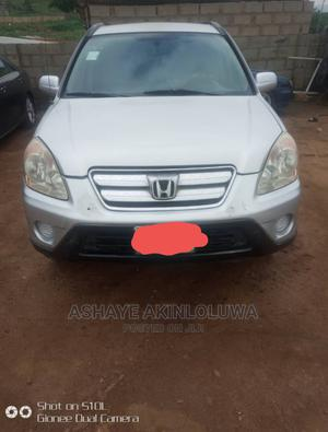 Honda CR-V 2005 Automatic Silver | Cars for sale in Abuja (FCT) State, Mpape