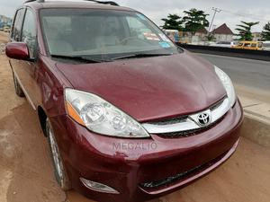 Toyota Sienna 2007 XLE Limited 4WD Red | Cars for sale in Lagos State, Ikeja