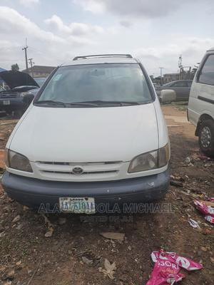 Toyota Sienna 1999 White | Cars for sale in Lagos State, Abule Egba