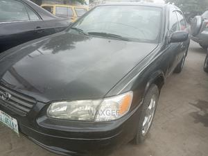 Toyota Camry 1999 Automatic Black | Cars for sale in Lagos State, Surulere