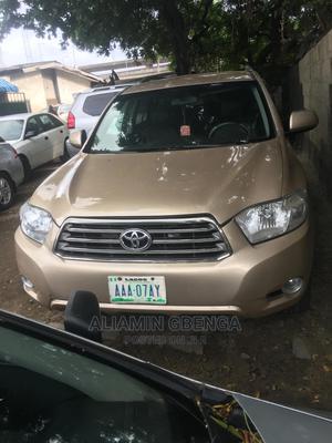 Toyota Highlander 2008 Sport Gold   Cars for sale in Lagos State, Surulere