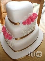 Wedding Cake in Awoyaya Ajah   Wedding Venues & Services for sale in Lagos State, Ajah