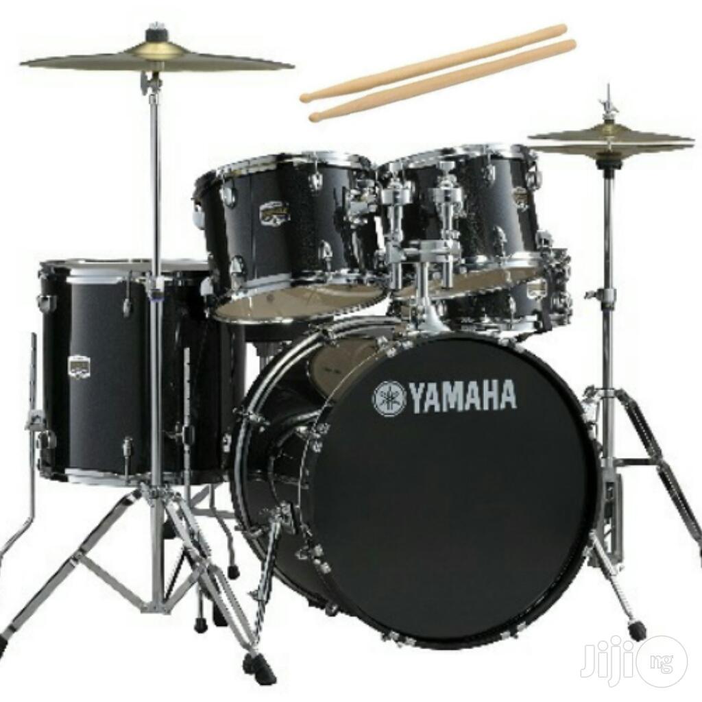 Archive: Yamaha Professional 5 Set Drum For Church - Black
