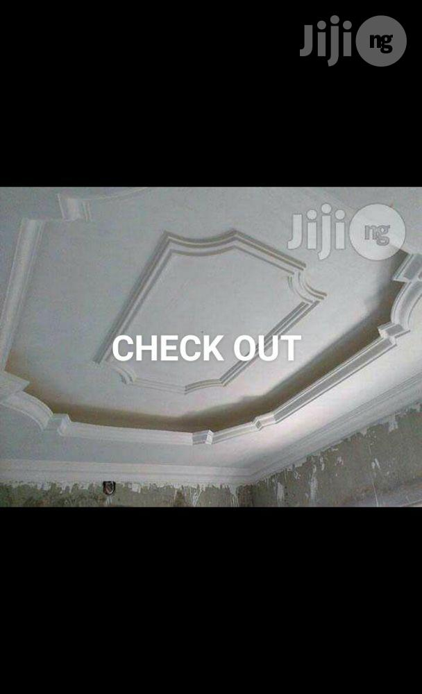New World Digital White Ceiling P.O.P Installer And Screeding Expert | Building & Trades Services for sale in Oshimili North, Delta State, Nigeria