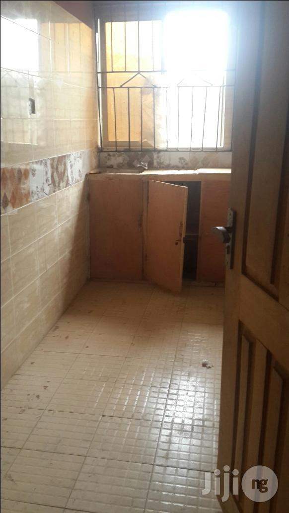 Well Insuit Room Self Contained To Let