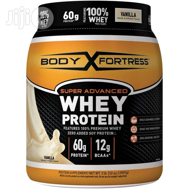 Body Fortress Super Advanced Whey Protein Powder, Vanilla, 2 Lbs