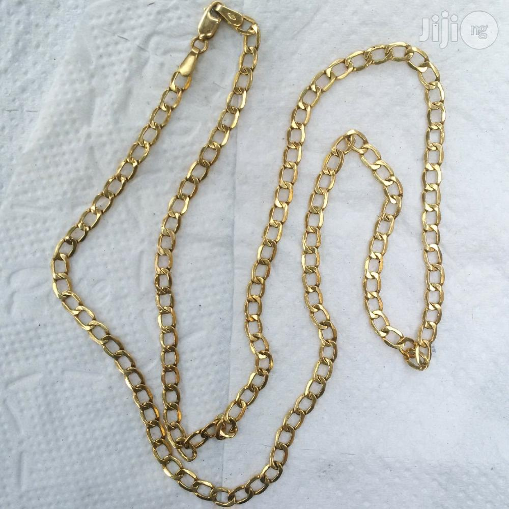 Pure Italy 750 Solid 18krt Gold Cuban Short Length Design