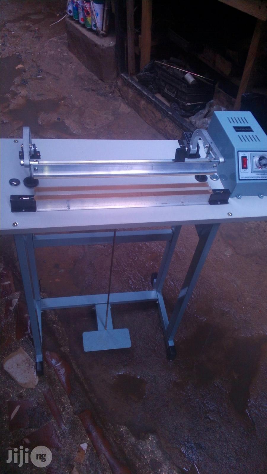 Cutting And Sealing Nylon Machine