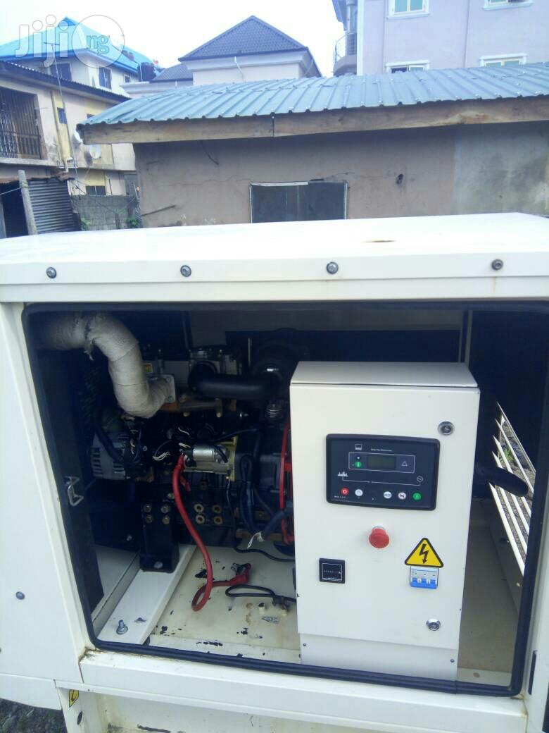 Used UK Perkins 15kva Jubaili Generator