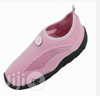 Flat Simple Girls Shoe