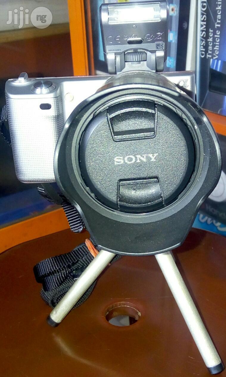 Sony Dslr Nex-5 | Photo & Video Cameras for sale in Ikeja, Lagos State, Nigeria