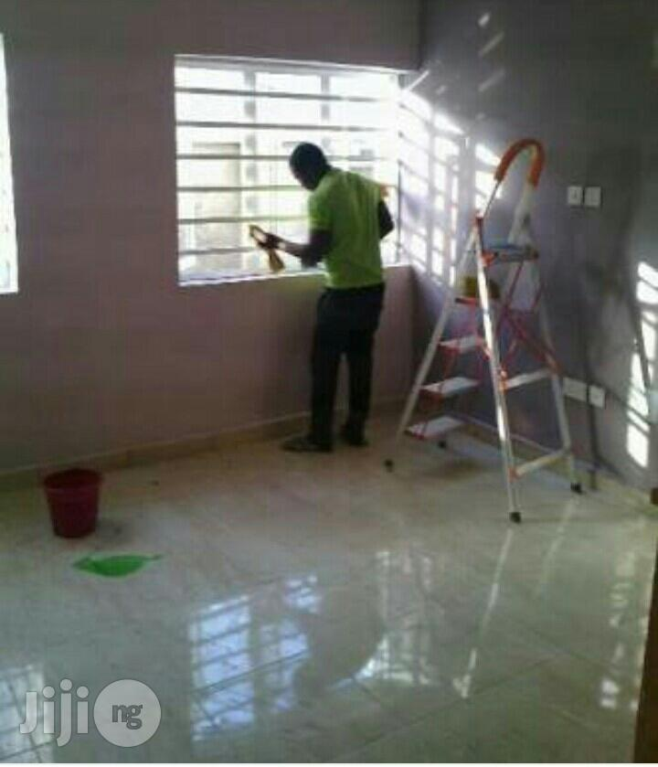 Cleaning Fumigation/Tiles Polishing