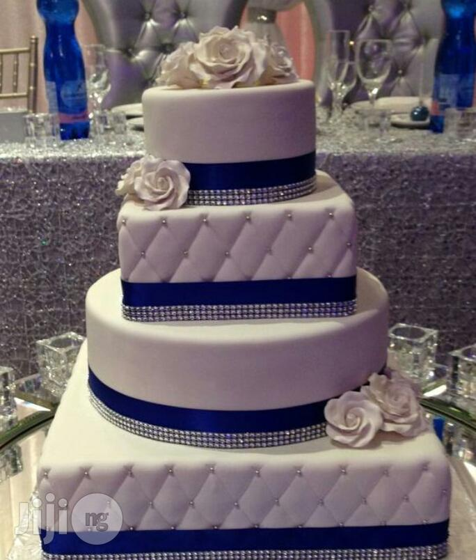 Archive: Blue And White Wedding Cake