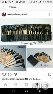 Bobbi Brown Brush Set 32ps | Makeup for sale in Lagos State, Amuwo-Odofin