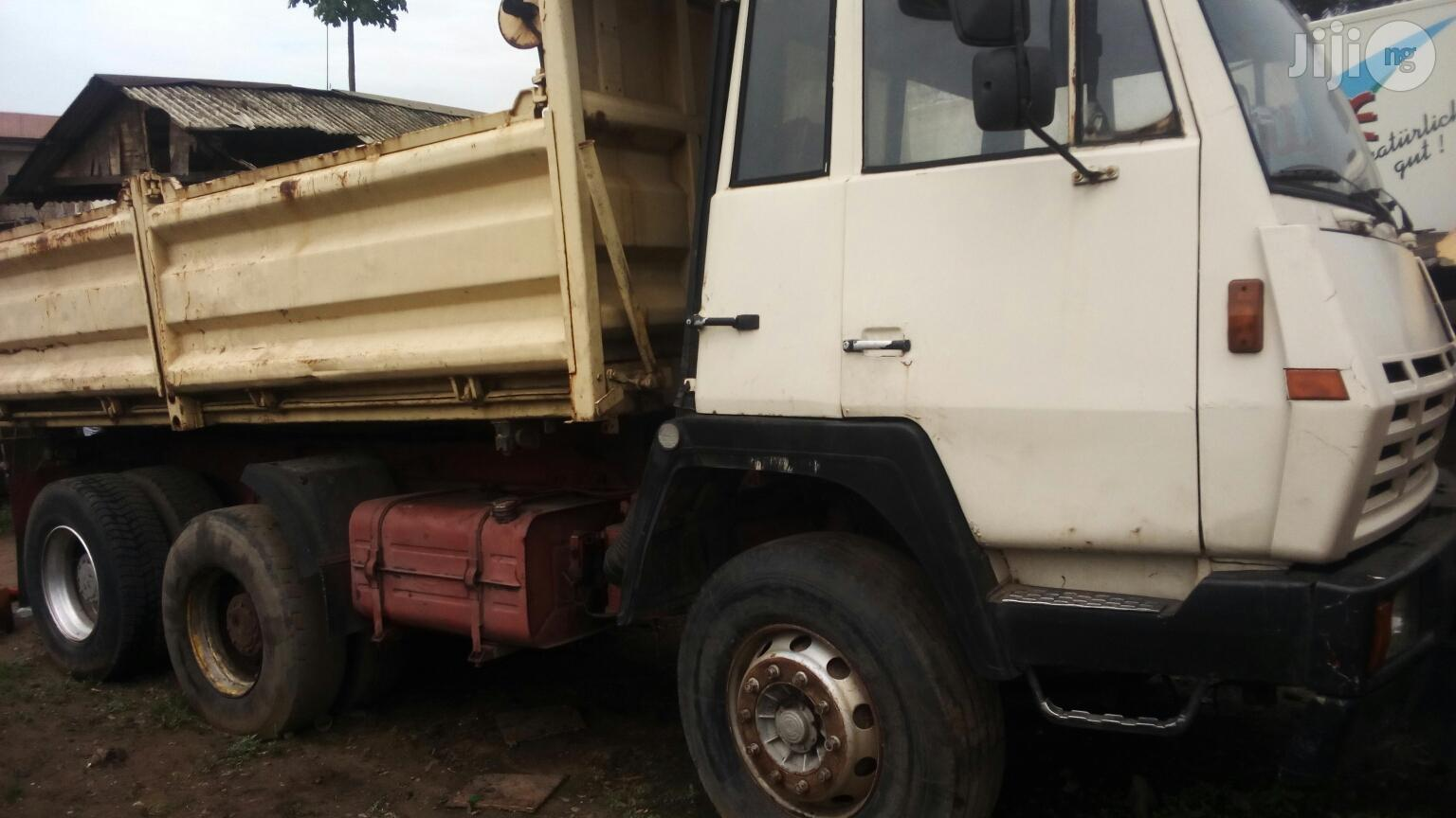 Archive: Very Clean Steyr Tipper 10 Tyres