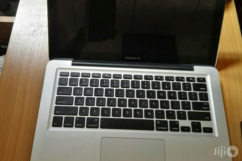 Laptop Apple MacBook Pro 8GB Intel Core i7 HDD 750GB