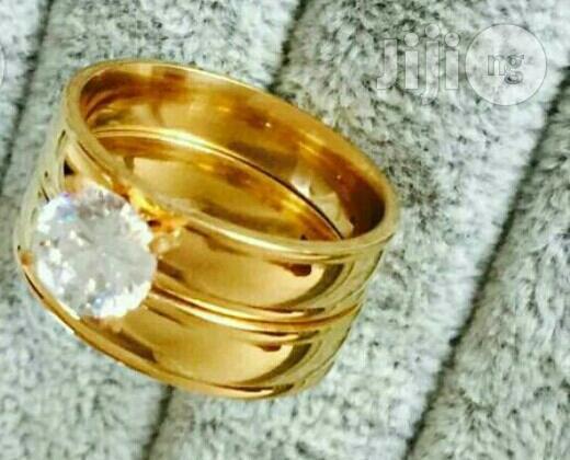 Vienos Gold Wedding Ring